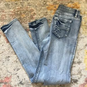 Distressed Wash Long Length Skinny Midrise Jeans